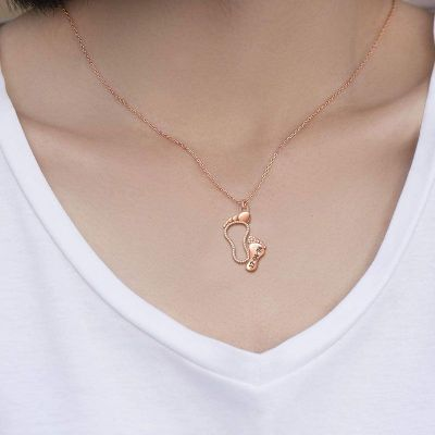 Collier Pied Date